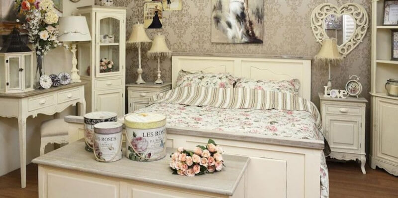 chambre avec une décoration campagne