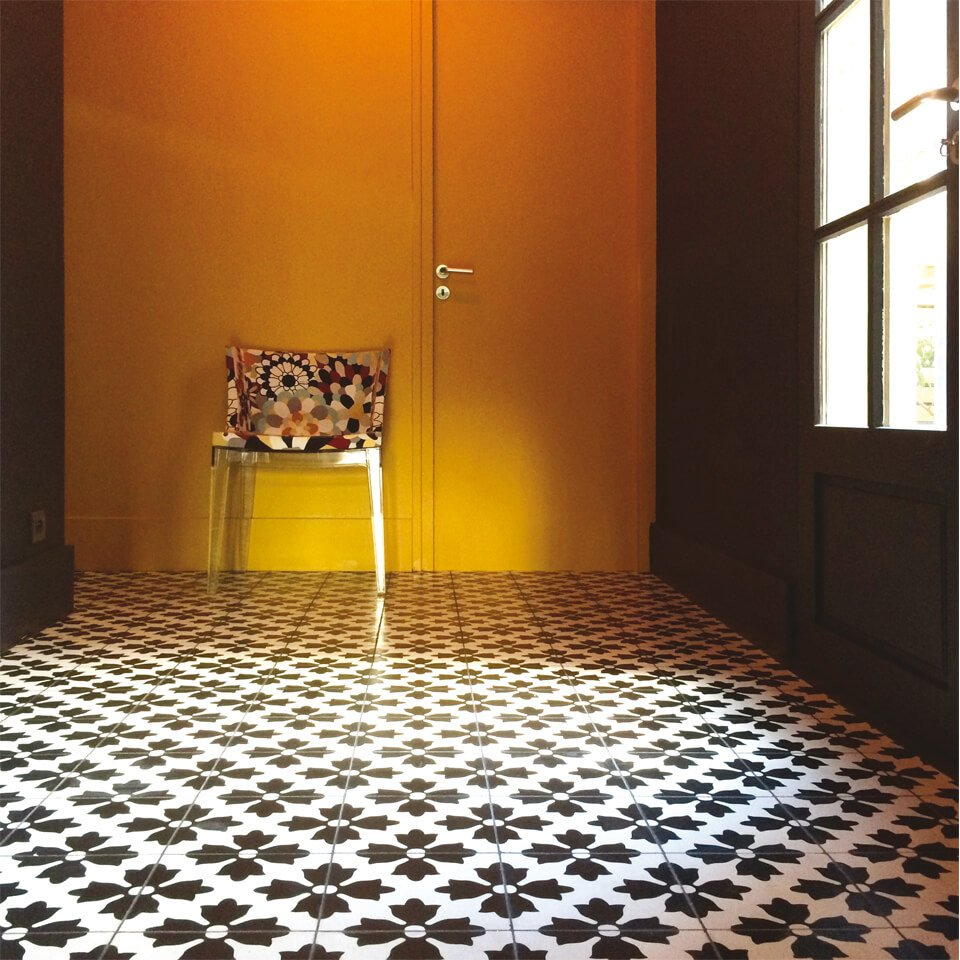 carreaux de ciment et carrelage fait main cimenterie de la tour. Black Bedroom Furniture Sets. Home Design Ideas