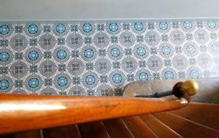 escalier-carreaux-de-ciment-colores-brugge-belgique-cimenterie-de-la-tour