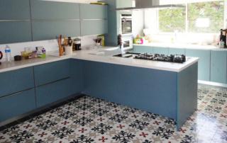 kitchen-cement-tiles-modern-edinburgh-england-cimenterie-de-la-tour