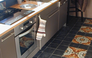 kitchen-floor-cement-tiles-bristol-england-cimenterie-de-la-tour