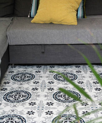 Living room in classic cement tiles in Bradford England, Cimenterie de la Tour