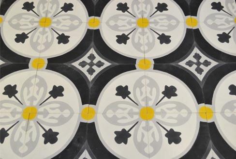 Carreaux de ciment floral jaune et noir Saint-Lo 50, Cimenterie de la Tour