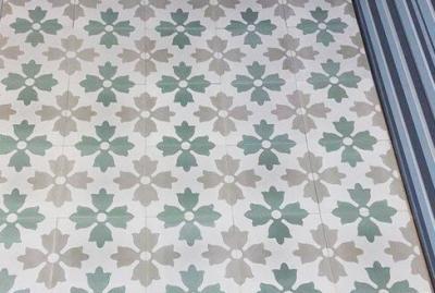Carreaux de ciment floraux à Sète 34, Cimenterie de la Tour