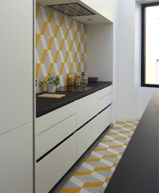 Credence et sol de cuisine carreaux de ciment moderne Feurs 42, Cimenterie de la Tour