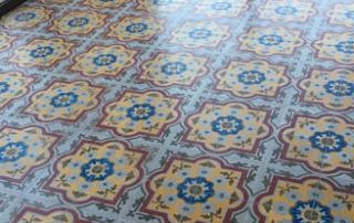 Séjour et cuisine en carreaux de ciment anciens à Carcassonne 12, Cimenterie de la Tour