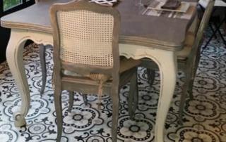 Carreaux de ciment noir et blanc dans une véranda à Bordeaux 33, Cimenterie de la Tour