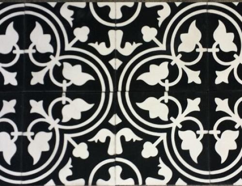 Les carreaux de ciment noir et blanc