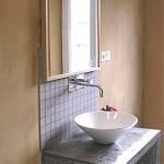 salle de bain enduit à l'ancienne
