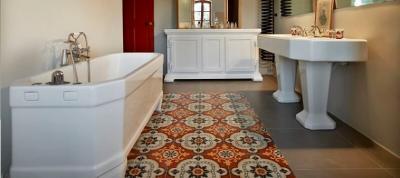 carreaux de ciment pour une salle de bain