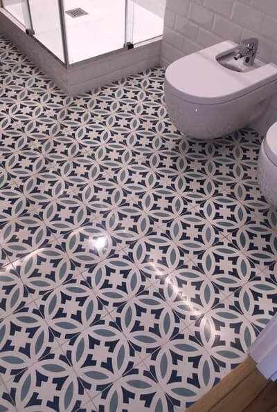 sol de salle de bain carreaux de ciment