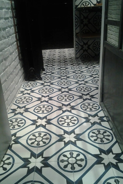 hall en carreaux de ciment