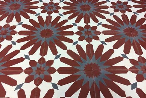 carreau de ciment floral rouge Bordeaux