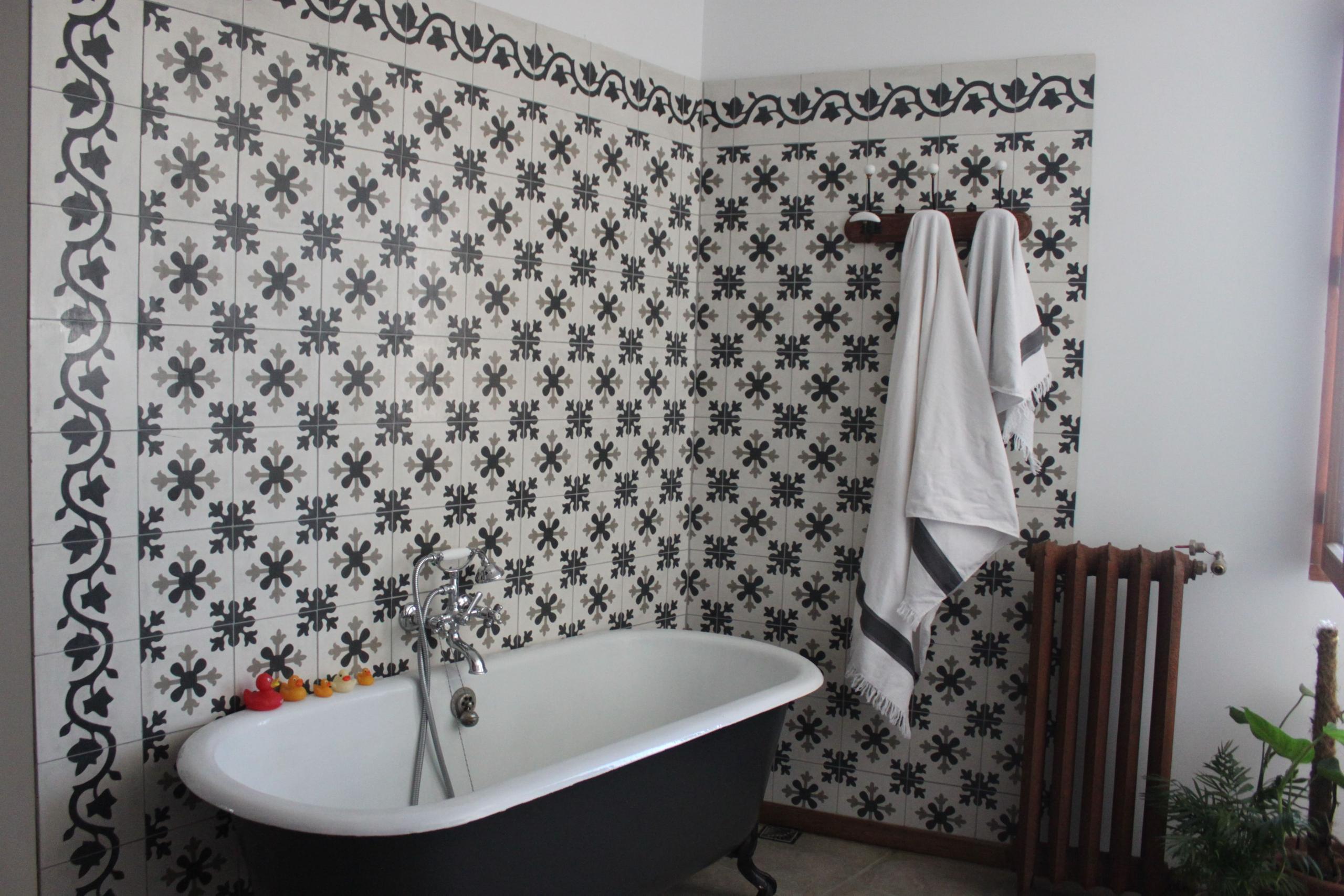 mur salle de bain a bruxelles belgique cimenterie de la tour